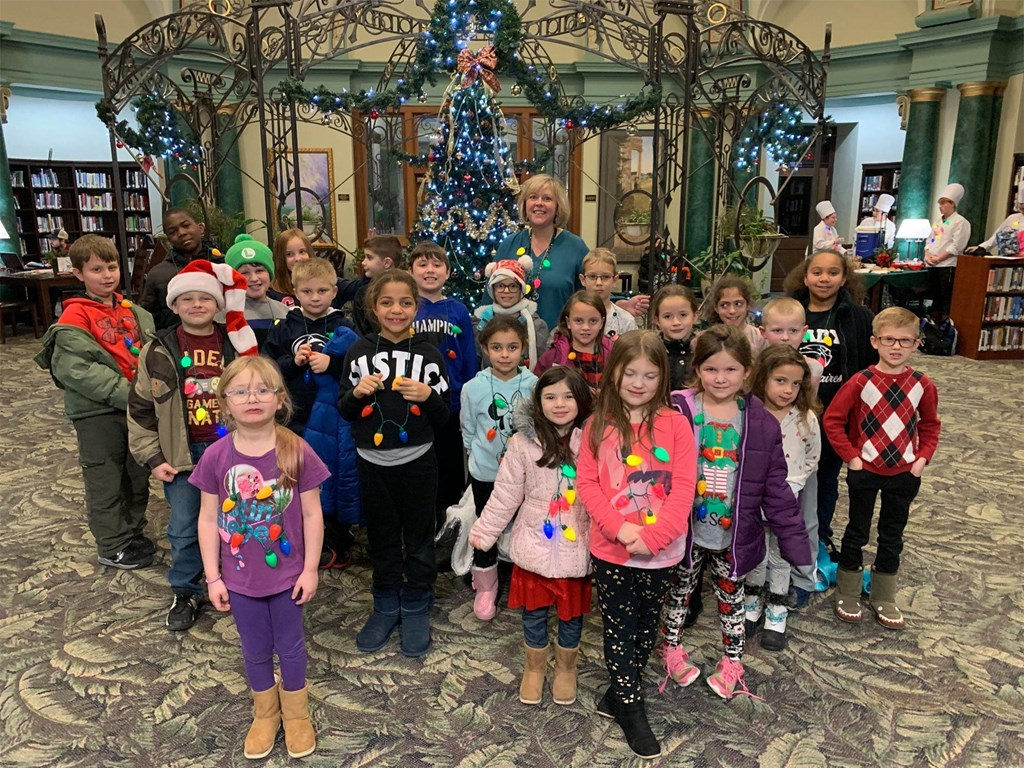 2019 Holiday Essay Winners